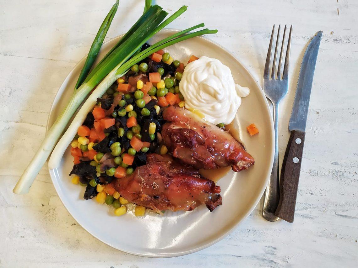 tepsiben sült csirke zöldségekkel